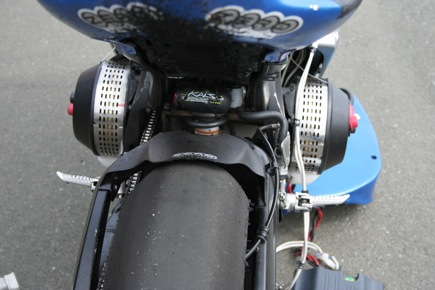 Dual Agni Lynch motors coupled directly with a steel shaft with sprocket. Adequate power, good cooling from outboard mounting and ram-air scoops taken from ...